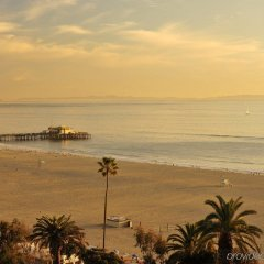 Fairmont Miramar Hotel & Bungalows Санта-Моника пляж фото 2
