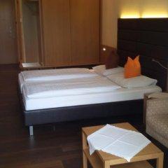 Hotel Maximilian Меран комната для гостей фото 2