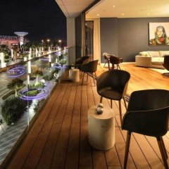 Отель Luxurious Getaway Right Across City Walk Mall Дубай питание