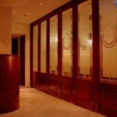Отель a.d. Imperial Palace сейф в номере