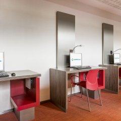 Отель ILUNION Barcelona удобства в номере