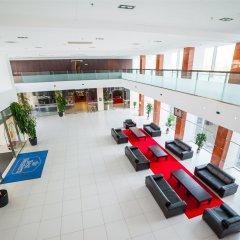 Best Western Premier Krakow Hotel спортивное сооружение