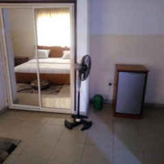 Отель Esre Blues Hotel Нигерия, Калабар - отзывы, цены и фото номеров - забронировать отель Esre Blues Hotel онлайн удобства в номере