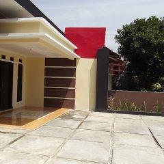 Отель Rumah Anargya парковка