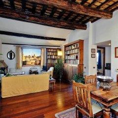 Апартаменты Piazza Mattei Terrace Apartment интерьер отеля фото 3
