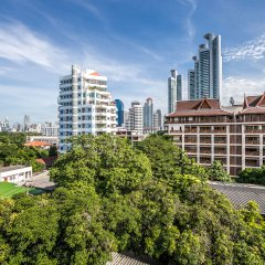 Отель Like Sukhumvit 16 Бангкок