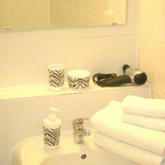 Отель A-partment -Mediapark Германия, Кёльн - отзывы, цены и фото номеров - забронировать отель A-partment -Mediapark онлайн ванная фото 2