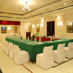 Отель Grand Hotel Kathmandu Непал, Катманду - отзывы, цены и фото номеров - забронировать отель Grand Hotel Kathmandu онлайн помещение для мероприятий