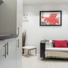 Апартаменты Acropolis Cozy Studio by Livin Urbban интерьер отеля фото 2