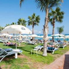 Constantinos The Great Beach Hotel пляж фото 2