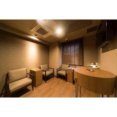 Отель Dormy Inn Tokyo-Hatchobori Natural Hot Spring комната для гостей фото 2