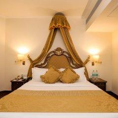 Отель The Royal Plaza Индия, Нью-Дели - отзывы, цены и фото номеров - забронировать отель The Royal Plaza онлайн сейф в номере