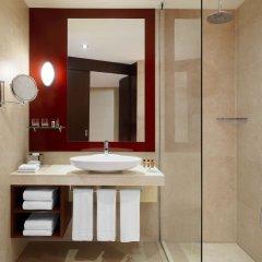 Отель Sheraton Poznan Hotel Польша, Познань - отзывы, цены и фото номеров - забронировать отель Sheraton Poznan Hotel онлайн ванная