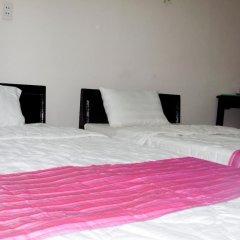 Отель Cosy House Homestay Хойан сейф в номере
