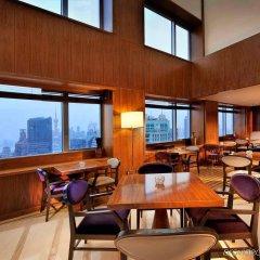 Отель Sofitel Shanghai Hyland Китай, Шанхай - отзывы, цены и фото номеров - забронировать отель Sofitel Shanghai Hyland онлайн гостиничный бар