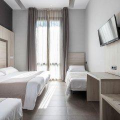 Отель Hostal Plaza Goya Bcn Барселона комната для гостей фото 3