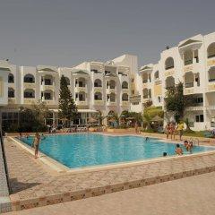 Hotel Topkapi Beach бассейн
