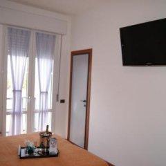 Отель Atlantic Италия, Римини - отзывы, цены и фото номеров - забронировать отель Atlantic онлайн удобства в номере фото 2
