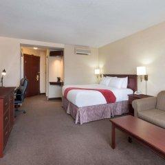 Отель Ramada Plaza by Wyndham Gatineau/Manoir du Casino Канада, Гатино - отзывы, цены и фото номеров - забронировать отель Ramada Plaza by Wyndham Gatineau/Manoir du Casino онлайн комната для гостей