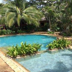Отель Relax Bay Resort Ланта бассейн фото 2