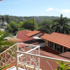 Отель Verney House Resort Ямайка, Монтего-Бей - отзывы, цены и фото номеров - забронировать отель Verney House Resort онлайн балкон