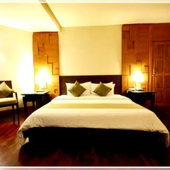 Отель Sea Breeze Jomtien Resort сейф в номере