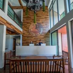 Отель Tonsai Bay Resort интерьер отеля