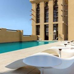 Отель Premier Inn Dubai Al Jaddaf бассейн фото 2