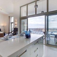 Отель Marvellous Apartment in Tigne Point With Pool Мальта, Слима - отзывы, цены и фото номеров - забронировать отель Marvellous Apartment in Tigne Point With Pool онлайн в номере