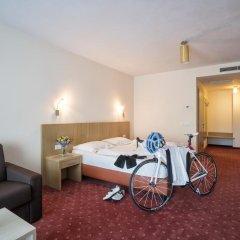 Hotel Weingarten Кальдаро-сулла-Страда-дель-Вино комната для гостей фото 2