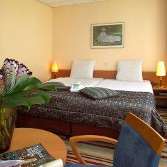 Отель XO Hotels City Centre 3* Улучшенный номер с различными типами кроватей