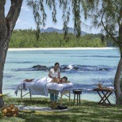 Отель Shangri-La's Le Touessrok Resort & Spa бассейн фото 3