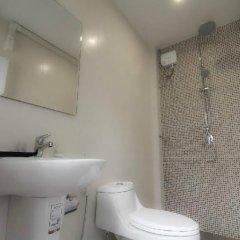 Отель Baan La Salle Бангкок ванная