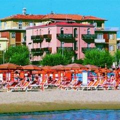 Отель Residenza Sol Holiday Италия, Римини - отзывы, цены и фото номеров - забронировать отель Residenza Sol Holiday онлайн пляж фото 2