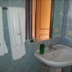 Отель B&B La Salita Attard Порт-Эмпедокле ванная фото 2