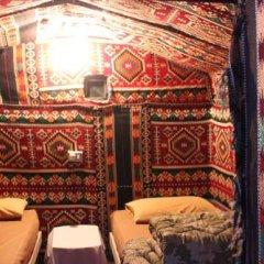 Отель Ammarin Bedouin Camp Иордания, Вади-Муса - отзывы, цены и фото номеров - забронировать отель Ammarin Bedouin Camp онлайн балкон