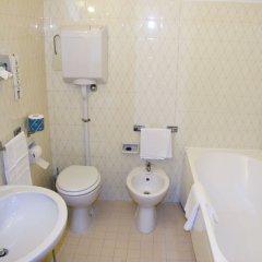 Отель Villa Ottoboni Италия, Порденоне - отзывы, цены и фото номеров - забронировать отель Villa Ottoboni онлайн ванная