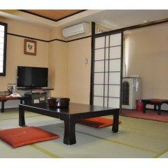 Hotel Hakusuien Минамиавадзи комната для гостей