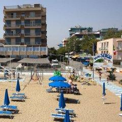 Hotel Ghirlandina пляж