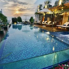 Отель Lotus SaiGon Hotel Вьетнам, Хошимин - отзывы, цены и фото номеров - забронировать отель Lotus SaiGon Hotel онлайн бассейн