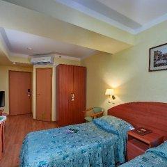 Гостиница Достоевский 4* Стандартный номер с 2 отдельными кроватями фото 9