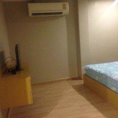 Отель Baanduangkamol Бангкок комната для гостей фото 4