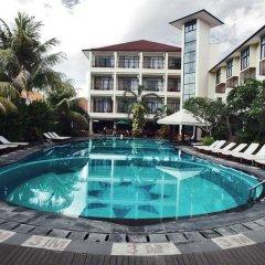 Отель Best Western Resort Kuta бассейн фото 3