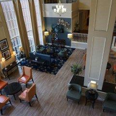 Отель Best Western Capital Beltway Ленхем гостиничный бар