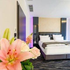 Отель Dancing House Hotel Чехия, Прага - 2 отзыва об отеле, цены и фото номеров - забронировать отель Dancing House Hotel онлайн сейф в номере