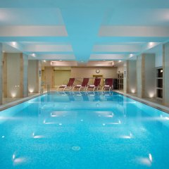 Отель Hilton Москва Ленинградская бассейн