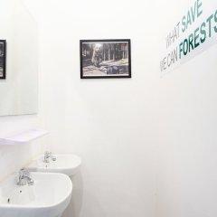 FoRest Bed & Brunch - Hostel Бангкок ванная