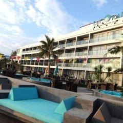 Отель Le Coral Hideaway Beyond Phuket бассейн