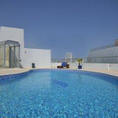 Al Waleed Palace Hotel Apartments-Al Barsha бассейн фото 2