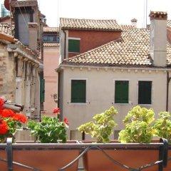 Отель Locanda Correr Италия, Венеция - 1 отзыв об отеле, цены и фото номеров - забронировать отель Locanda Correr онлайн балкон